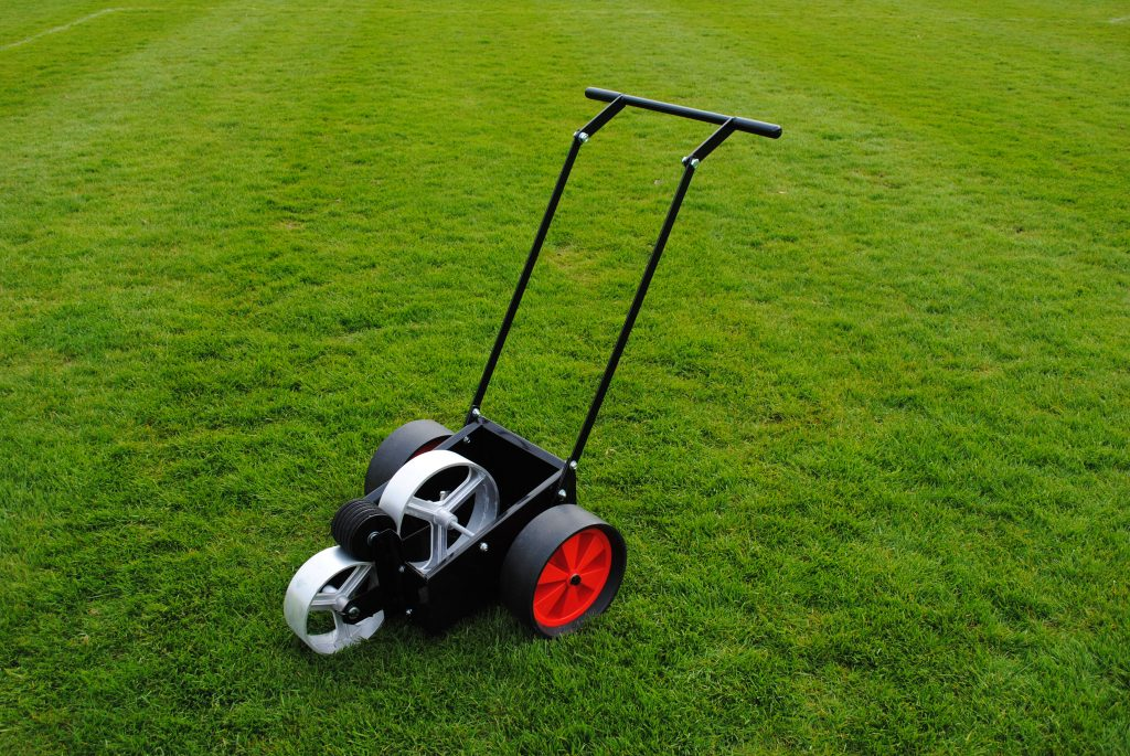 13.5 Litre Linesman Line Marker with Pneumatic Tyres
