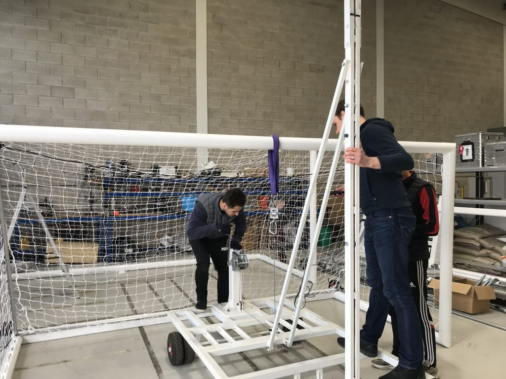 BSEN16579 Vertical Strength Test